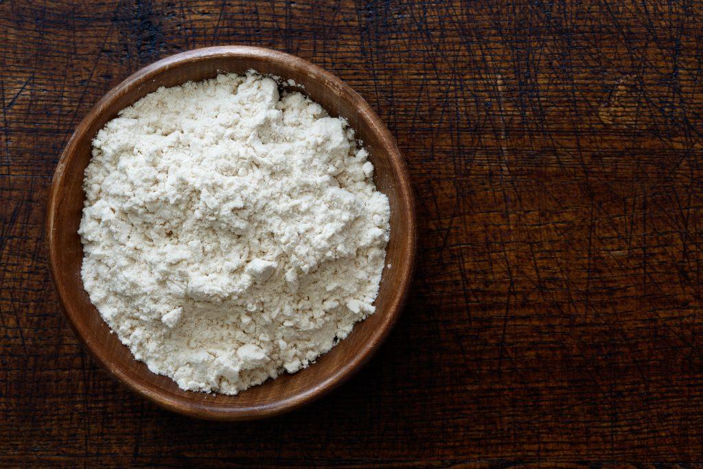 Włoska mąka dopizzy typu 00